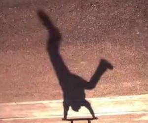 schaduw-skateboarder