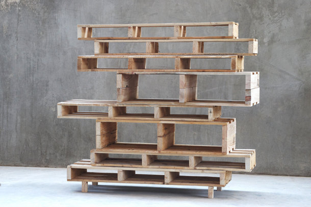 5 meubels gemaakt van pallets eyespired. Black Bedroom Furniture Sets. Home Design Ideas