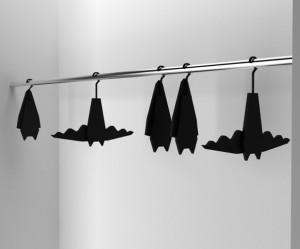 vleermuis-kleren-kleding-hanger-eyespired