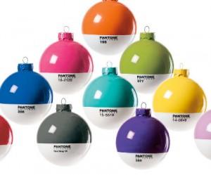 pantone-kerstballen