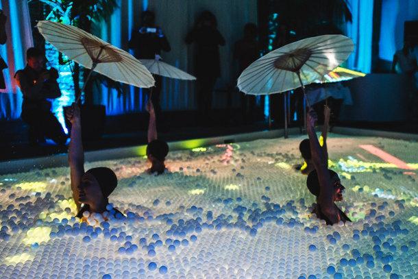 Pool party met animaties