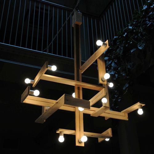 Tuinlamp gemaakt van pallet hout