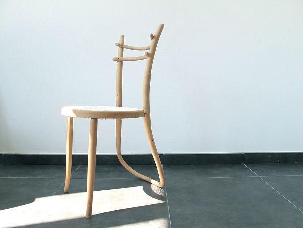 Thonet eyespired - Houten plastic stoel ...