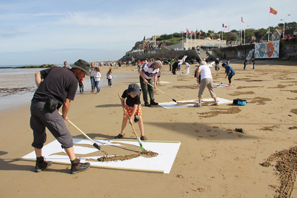 9000 Gevallen Militairen Geëtst Op Het Strand Van Normandië
