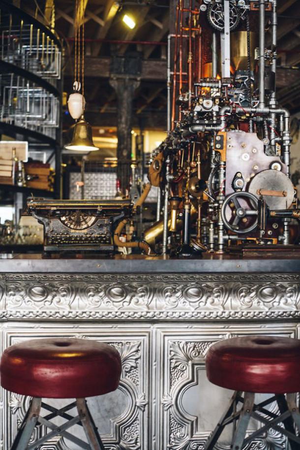 steampunk-cafe-kaapstad-3