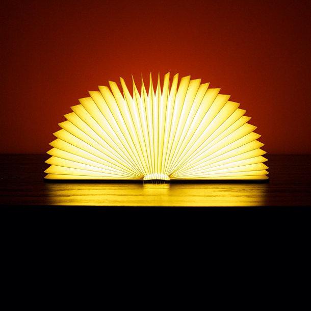 Lumio: lamp in de vorm van een boek