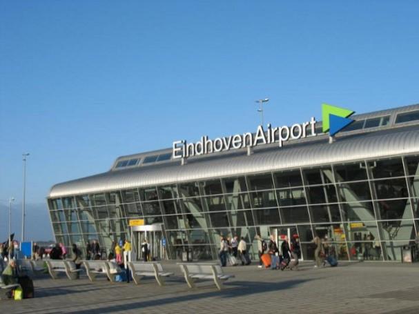 Parkeren bij vliegveld eindhoven en schiphol - EYEspired: eyespired.nl/parkeren-vliegveld-eindhoven-schiphol