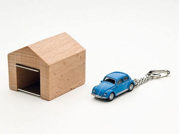 houten-sleutelhouder-auto