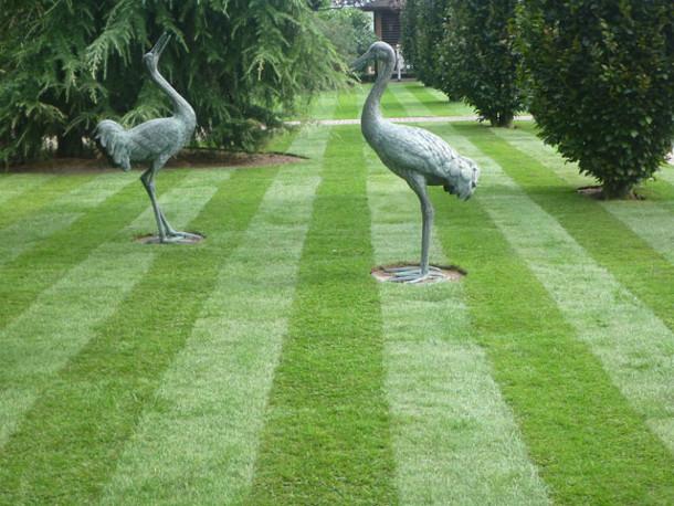 sculpturen-beelden-gras-4
