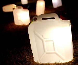 taniketta-jerrycan-vloerlamp