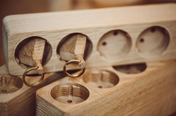 houten-stekkerdoos-sleutelhouder-4
