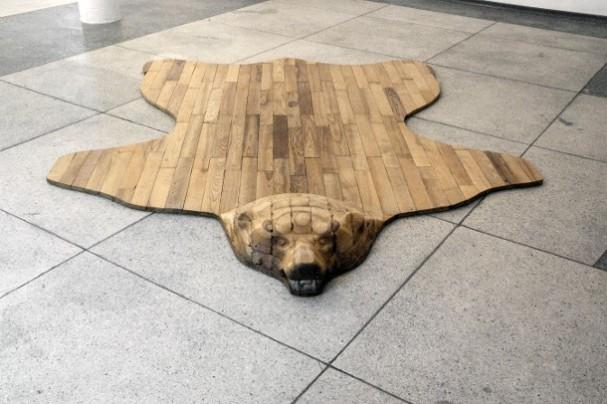 houten-vloerkleed-beer