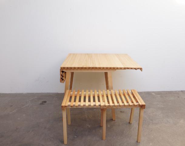 houten-uitschuifbare-design-tafel-6