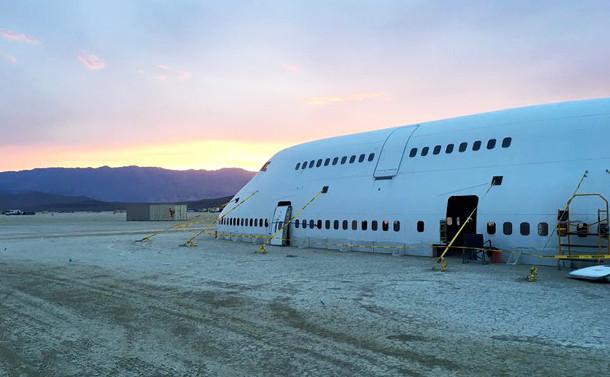 boeing-747-burning-man-2
