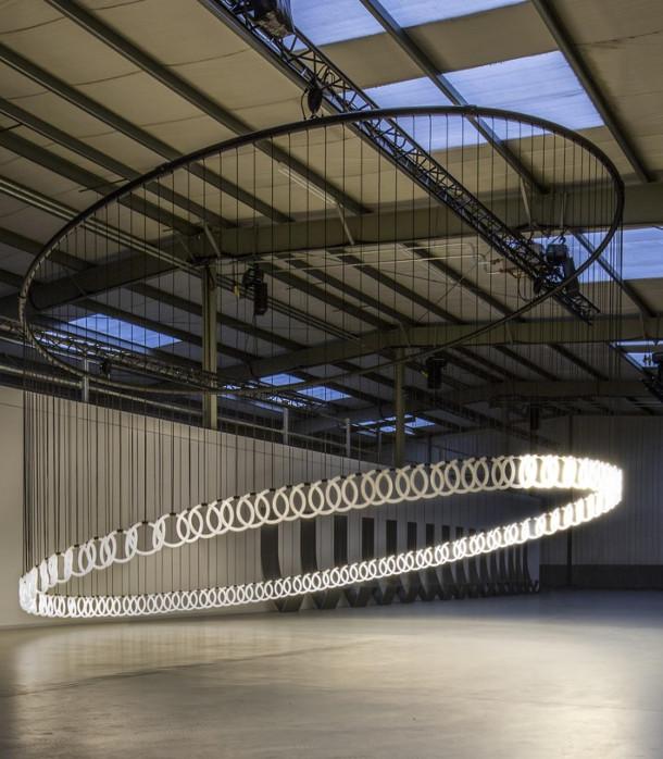 lichtsculptuur-chain-reaction-studio-stallinga-2