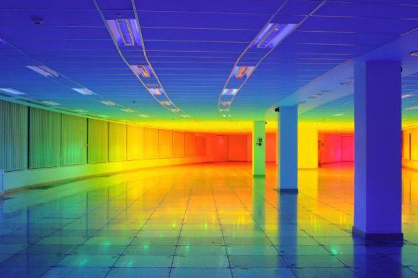 regenboog-lichtinstallatie