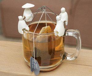 kikkerland-tea-fisherman