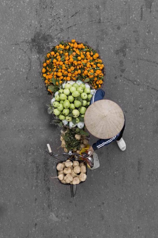 kleurrijke-fotos-straatverkopers-vietnam-3