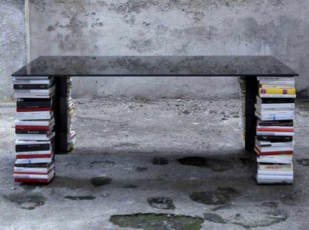 interieur-stapels-boeken