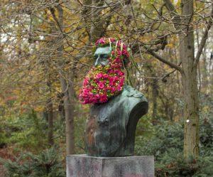 standbeelden-bloemen