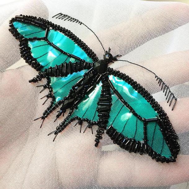 geborduurde-insecten-doosje-3