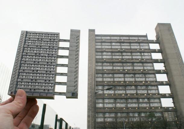 postmodern-gebouwen-papier-4