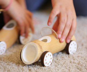 speelgoedautos-bamboe