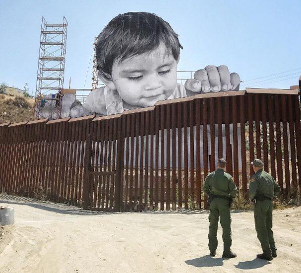 kindje-muur-vs-mexico