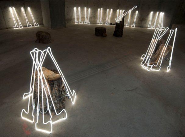 neon-sculpturen-installatie