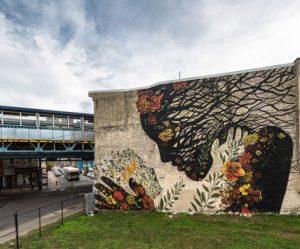 muurschildering-moeder-aarde