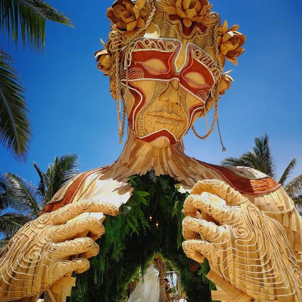 houten-sculptuur-strand-3