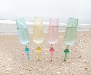beach-glass-champagne-flutes