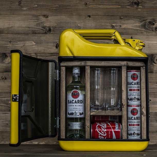jerrycan-bar-aquarium-4
