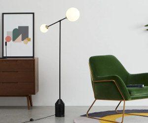 faye-vloerlamp-zwart-antiek-messing-en-marmer