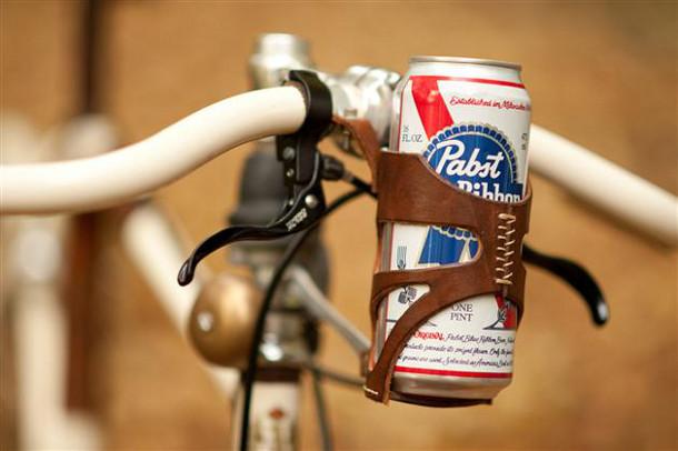 leren-bierhouder-fiets-2