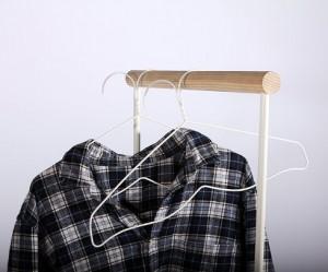 Verwarde kledinghanger