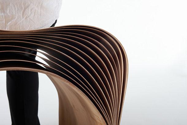 stoel van bamboe fineer
