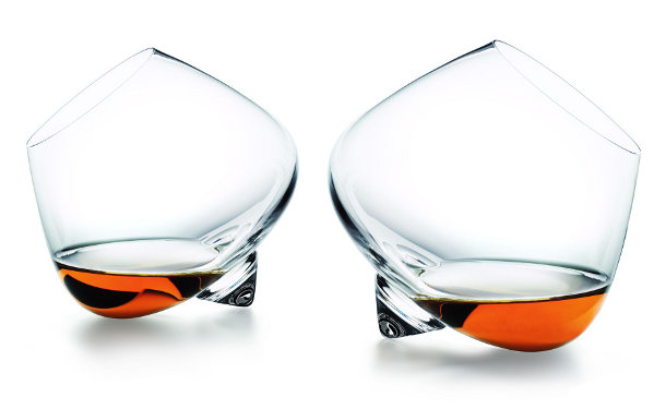 scandidesign-shop-Normann-Copenhagen-Cognac-glas
