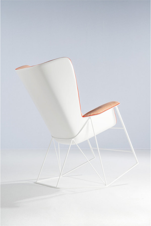 grand-angle-chair-by-ecole-boulle-students-majencia-3