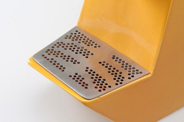 geel-koffiezetapparaat-keramiek-2