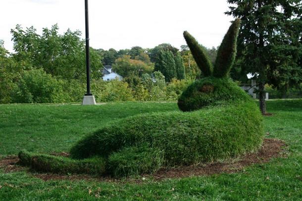 sculpturen-beelden-gras-2