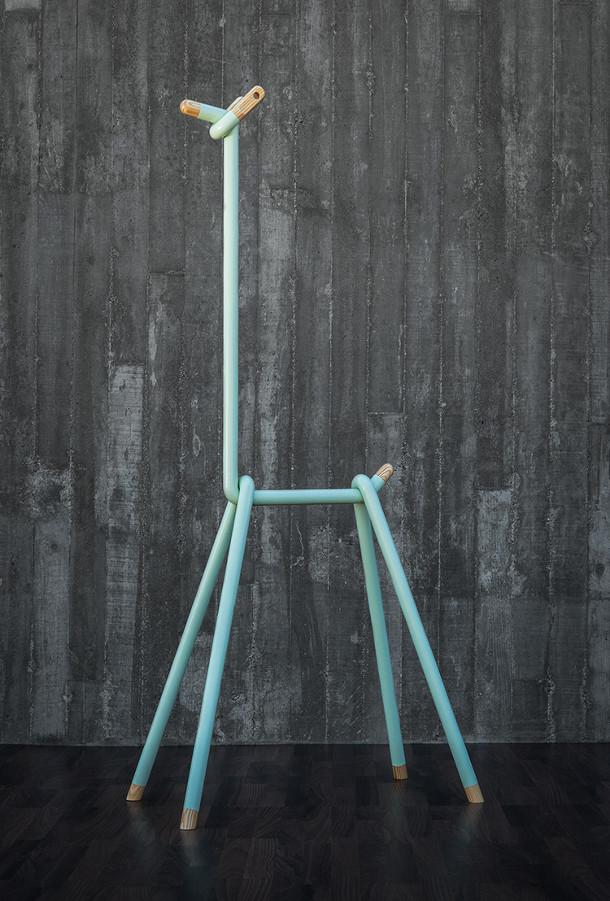 kledinghanger-llama-4
