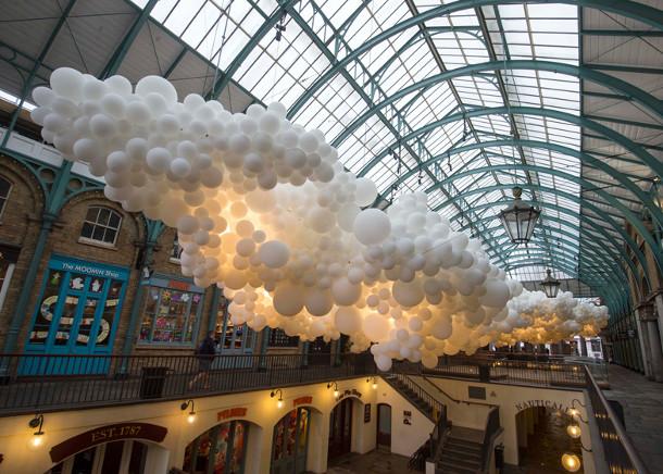 opblaasbaar-sculptuur-witte-ballonnen-4