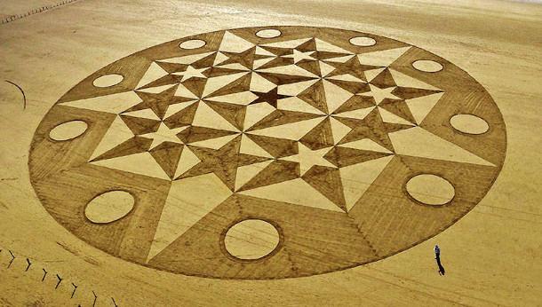 geometrische-tekeningen-zand-2