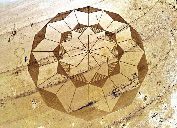 geometrische-tekeningen-zand-4