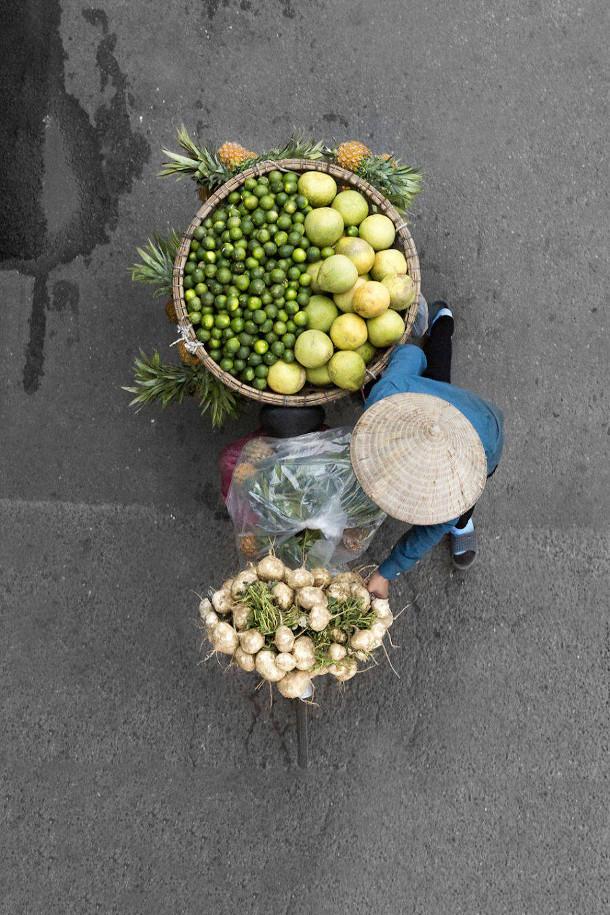 kleurrijke-fotos-straatverkopers-vietnam-6