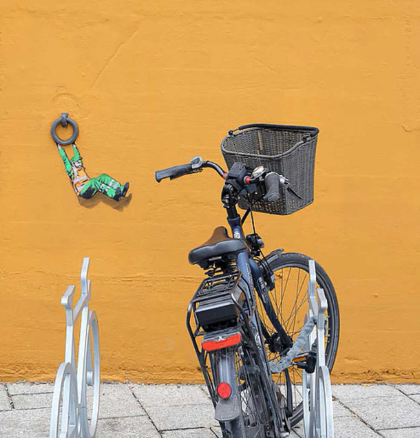 street-art-jaune-11