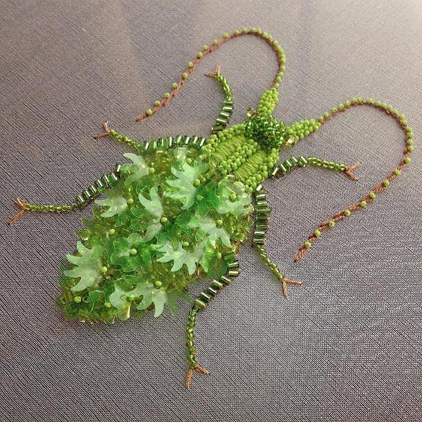 geborduurde-insecten-doosje-2