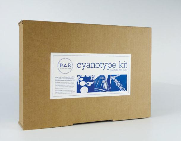 DIY-cyanotype-kit-4