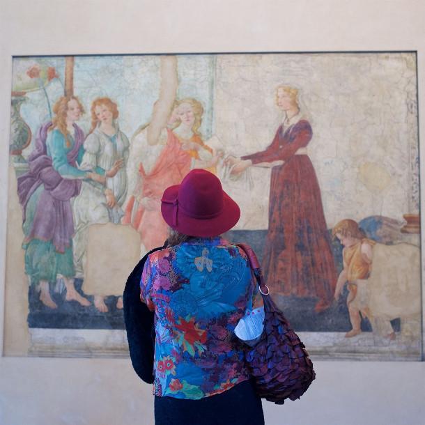 museumbezoekers-kunstwerk-4